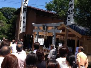 小林八坂神社にて