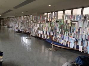 子ども鯉のぼり 北総病院2階